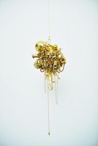 荒木由香里 Yukari ARAKI 《Gold (venus)》 / 2014年 / h74×w25×d36cm / Mixed media